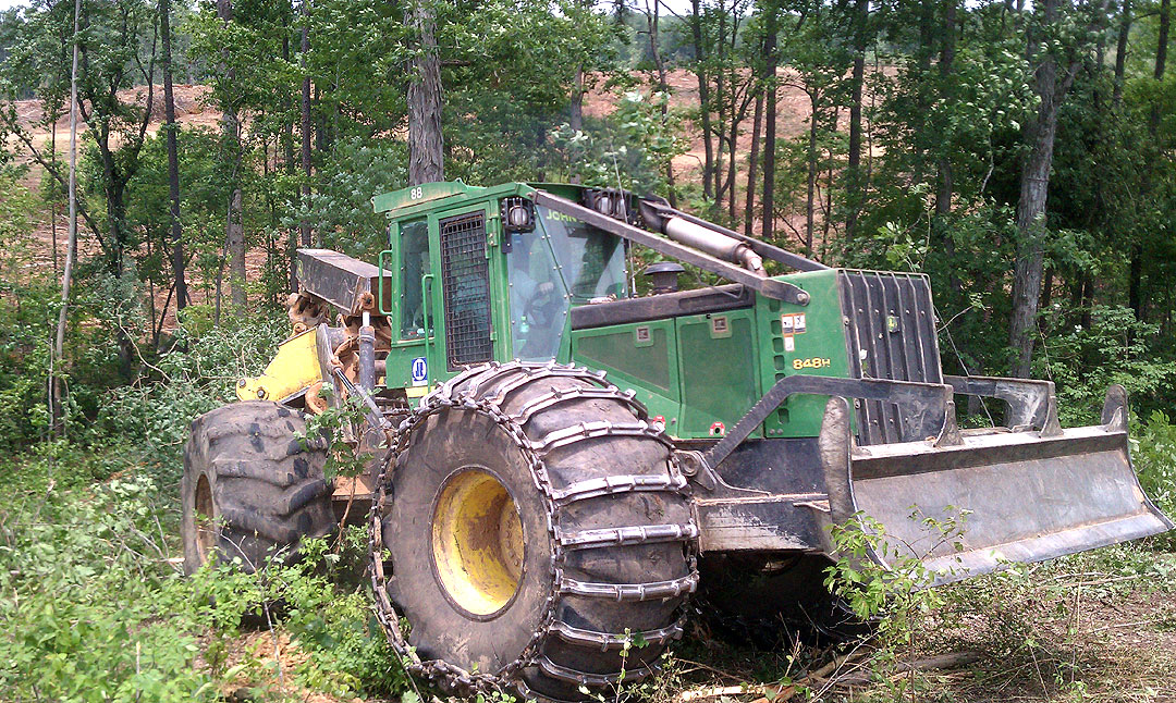 Williams Logging   Holding His Own