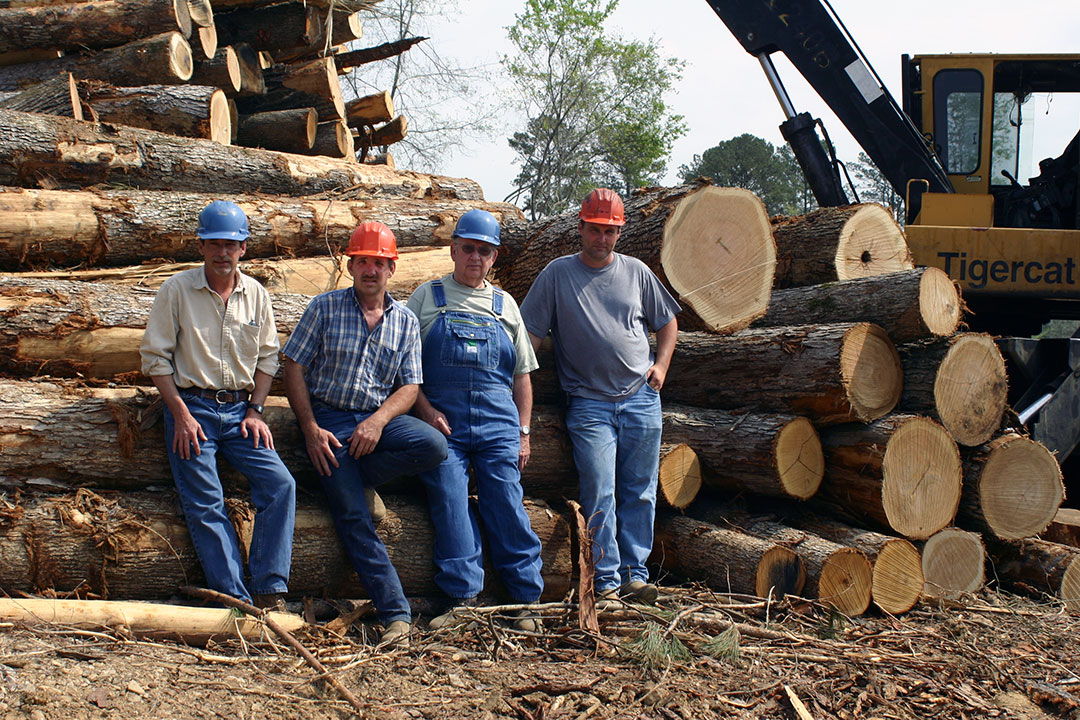 Smith Brothers Logging   Big Men On Campus