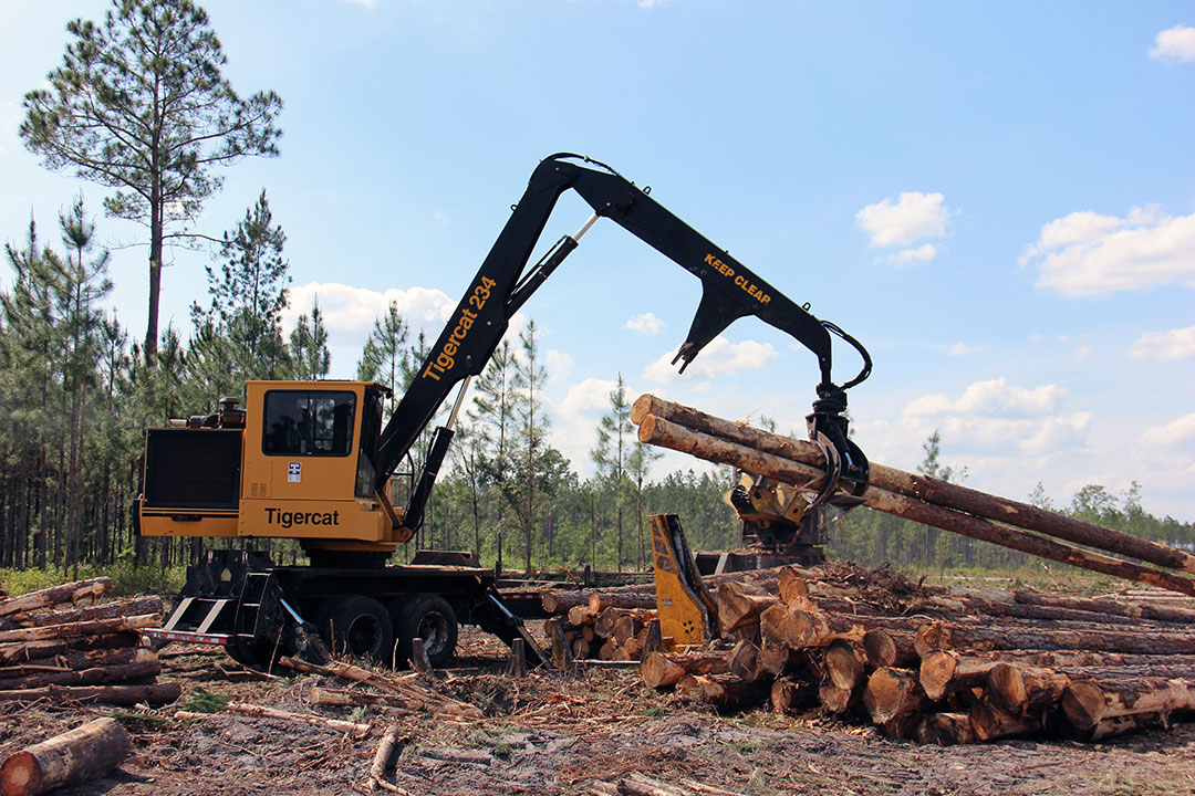 Pickett Logging | On The Right Tracts