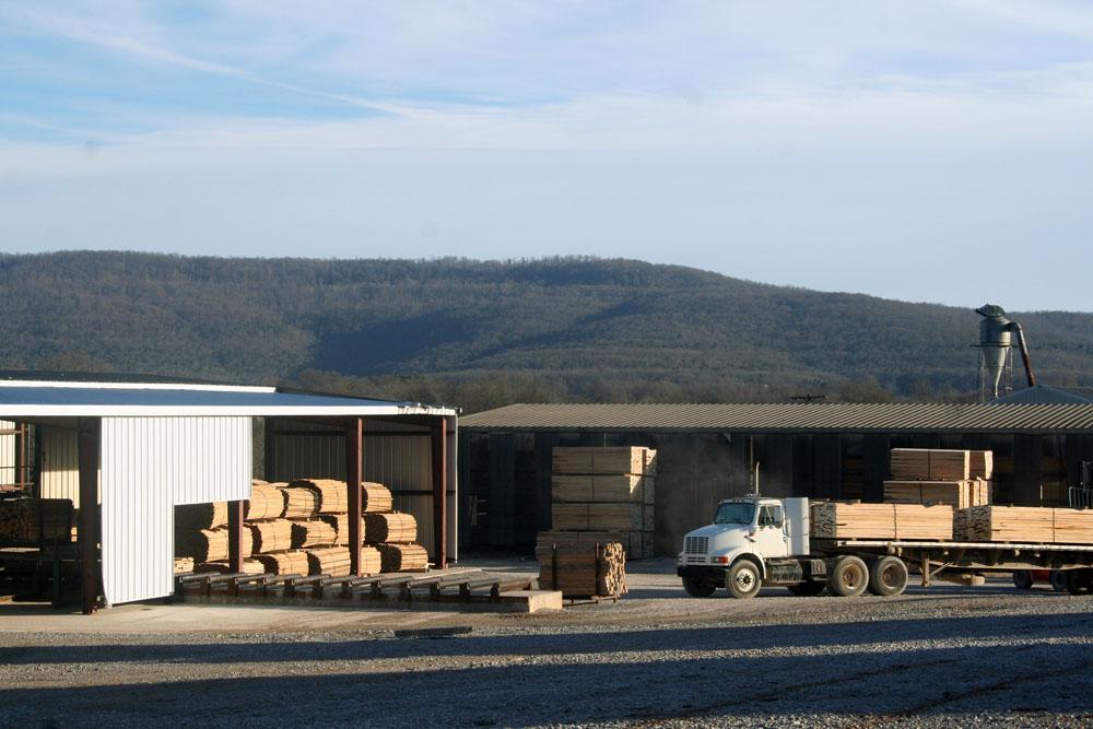 Thompson Appalachian Hardwoods   Family At Work